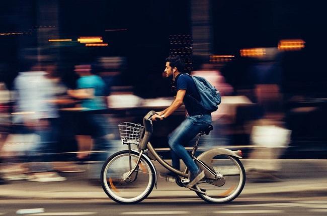 El futuro son las bicis eléctricas, no los autos