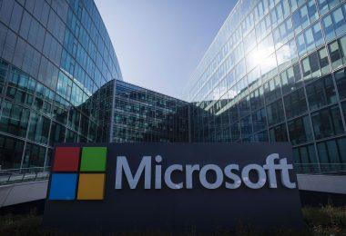 Latinos son capacitados para tener mejores empleos: Microsoft
