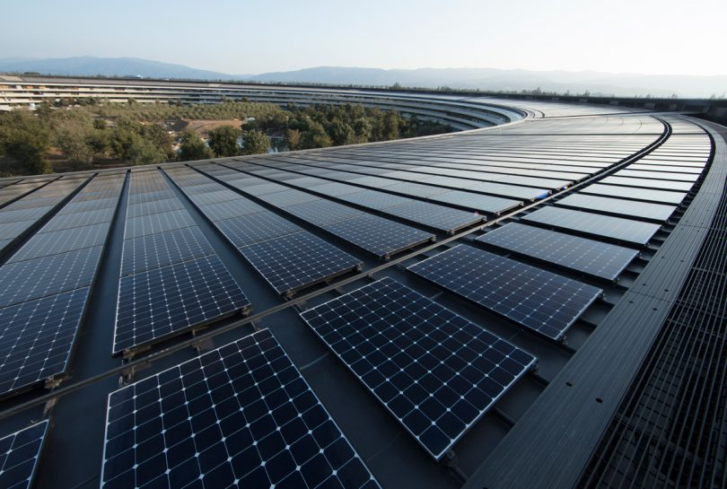 Apple opera ya al 100% con energía renovable