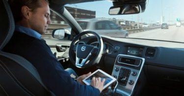 Dilemas éticos de la conducción autónoma