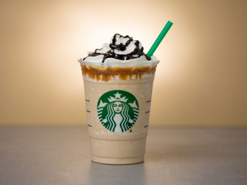 Por qué Starbucks ahora debe advertir contra el cáncer en sus bebidas