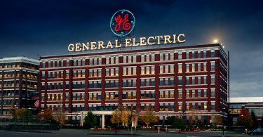 Recomiendan a GE no mantener a KPMG como auditor