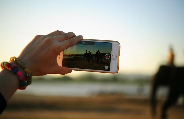 Tienes 8 minutos para cambiar el mundo... con tu mejor video