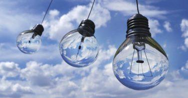 Parte de la RSE de Bloomberg - aumentar la inversión global en energía limpia