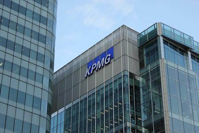 KPMG ya no va ser el auditor de GE o si