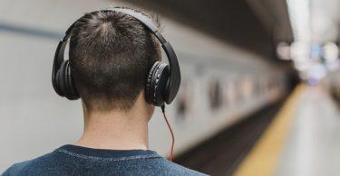 El anuncio de Spotify que acosa a los hombre