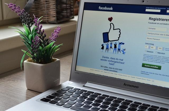 Facebook busca director de Derechos Humanos