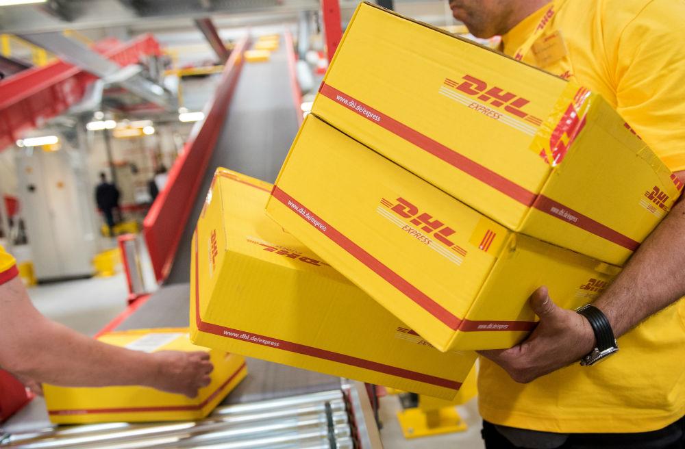 Vehículos eléctricos en DHL: nuevo servicio de entrega