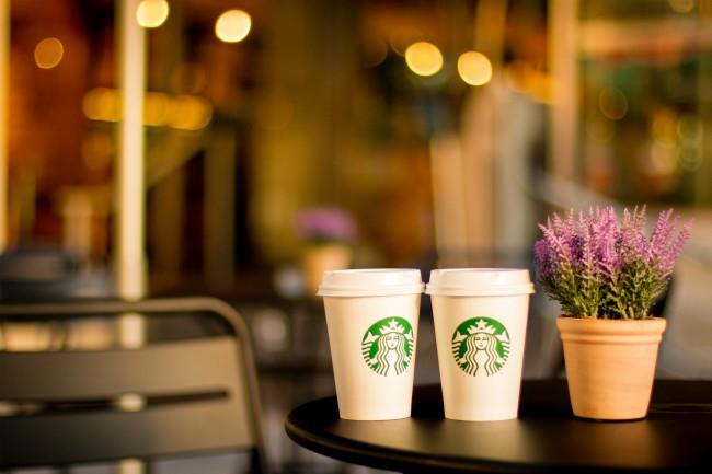 Caso de racismo en Starbucks lider en RSE y manejo de crisis