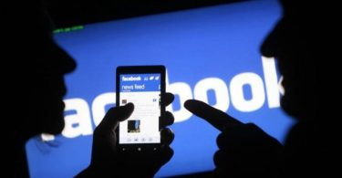 Facebook y Google demandados por Washington