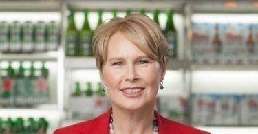 Heineken rompe el techo de cristal, nombra directora ejecutiva