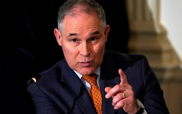 Jefe del Medio Ambiente en EUA en medio de escándalos