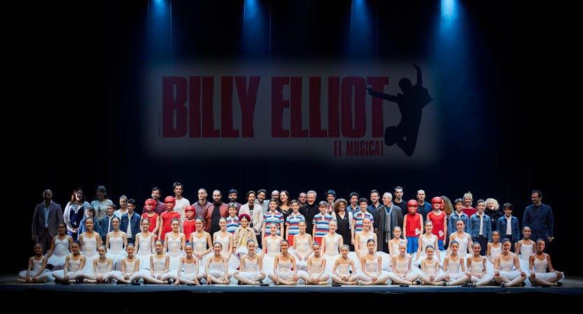 Suspenden musical de Billy Elliot; incita a la homosexualidad
