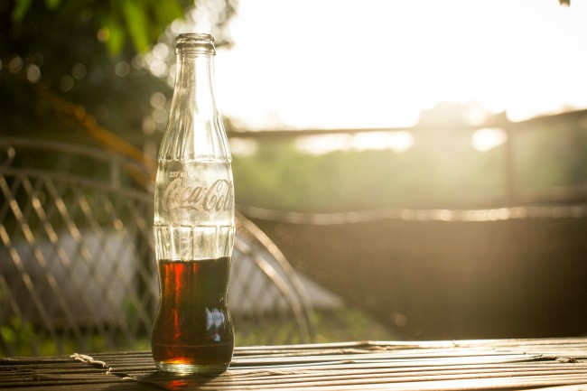 """""""Por cada gota que usamos, devolvemos una."""" ¿Miente Coca-Cola sobre el agua en Mexico?"""