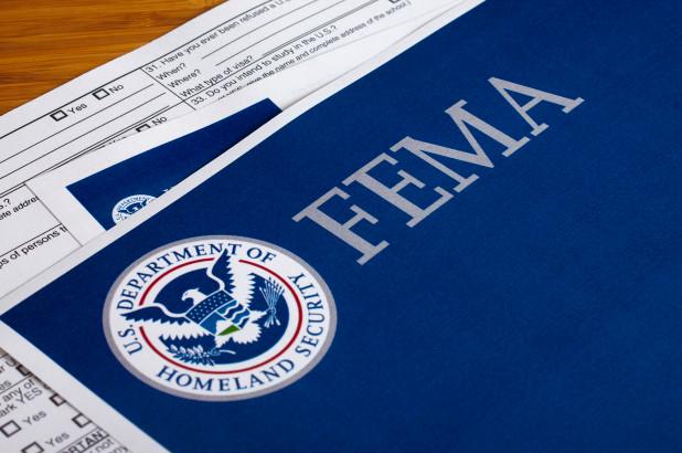 Jefe de personal en FEMA sí acosaba a las mujeres