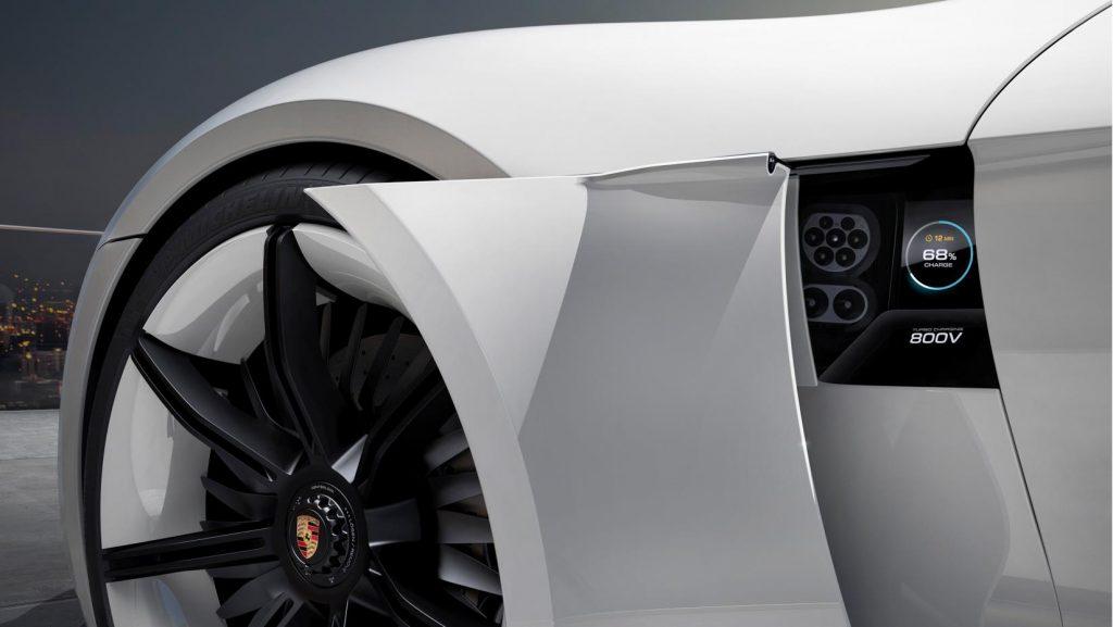 Taycan de Porsche en México, una meta para 2020