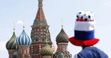 Y mientras los ojos apuntaban al Mundial, en Rusia...