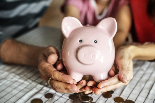Ahorrar para el retiro 3 razones por las que las mujeres están en desventaja