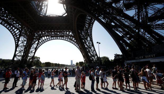 Clausuran Torre Eiffel por conflictos