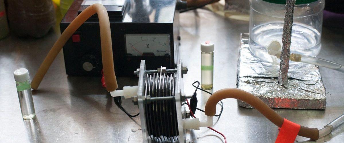 Combustible limpio con agua contaminada