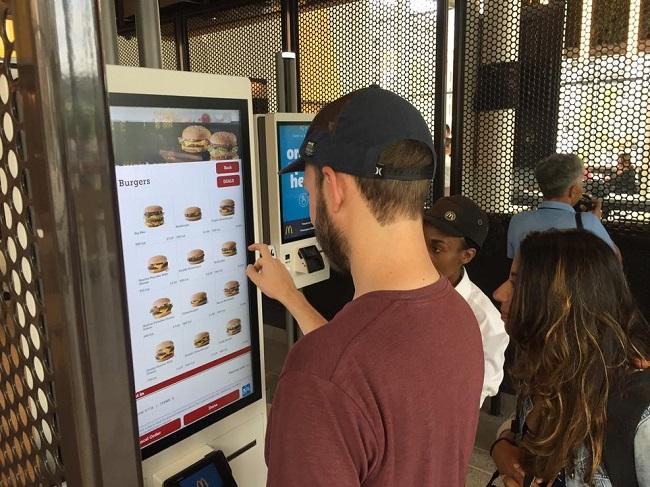 Asi se ve el nuevo McDonalds sustentable en Chicago