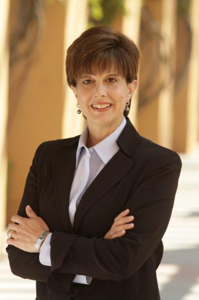 Jayne Parker, vicepresidenta ejecutiva sénior y directora de recursos humanos de Disney habla del nuevo programa de cacapcitacion laboral de Disney