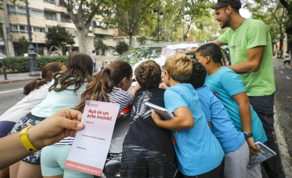 Niños toman las calles para decir cómo debería ser su ciudad