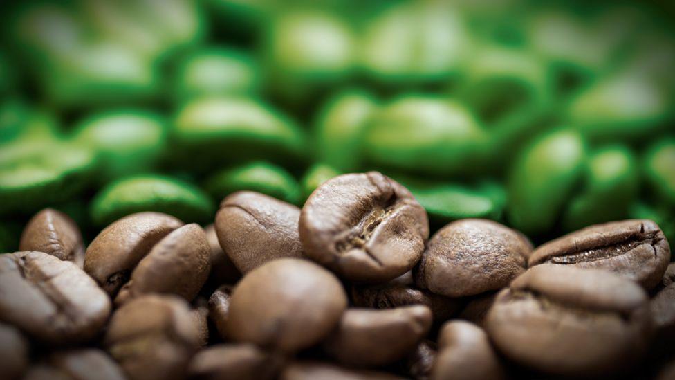Producir electricidad con desechos de café;