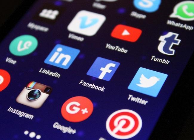 Crear una presencia en las redes sociales que se ajuste a tus objetivos para comunicar la RSE en internet