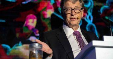 ¿Por qué Bill Gates habla de caca?