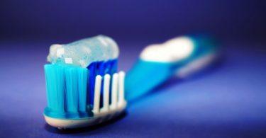 Colgate introducirá esquema para reciclar sus tubos de pasta y cepillos