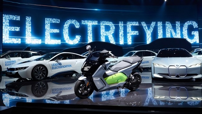 BMW se compromete a lanzar seis nuevos modelos EV para 2025
