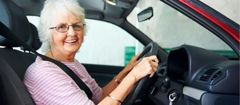 Consejos viales para adultos mayores