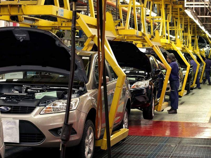 Ford apuesta por autos eléctricos para 2020