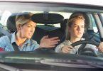 Tips de manejo seguro para adolescentes