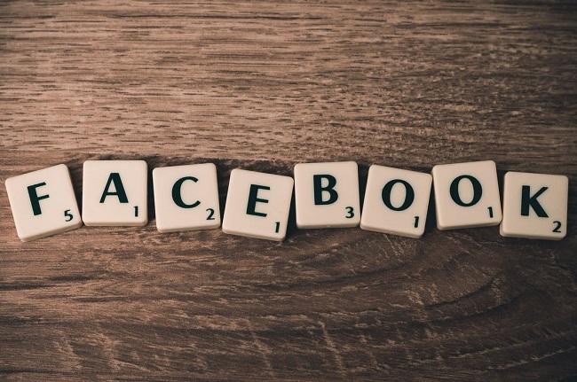 ¿Es Facebook una compañía sin responsabilidad social?