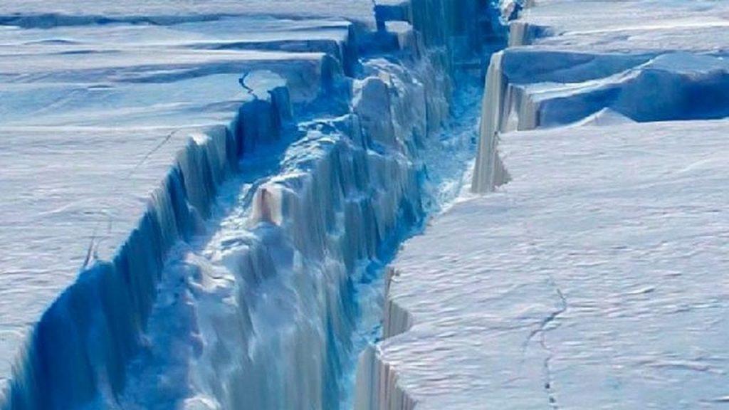 Deshielo en la Antártida por cambio climático