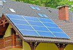 ¿Páneles solares por ley en California?