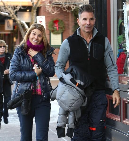 Lori Loughlin y su esposo el diseñador de moda Mossimo Giannulli