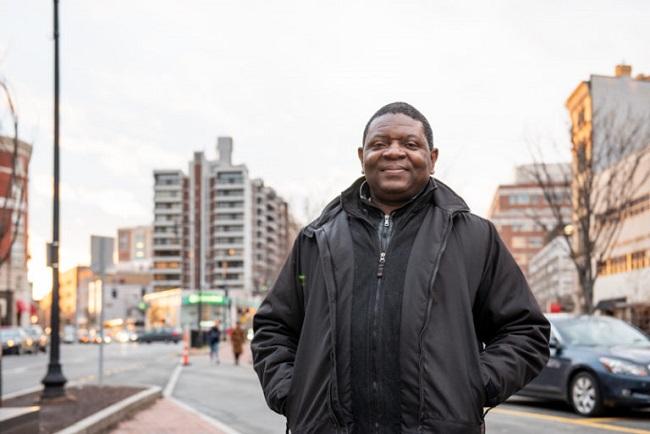 Activistas premiados por defender el planeta: Alfred Brownell de Liberia