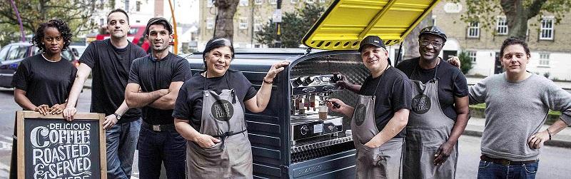 Este café ayuda a las personas sin hogar