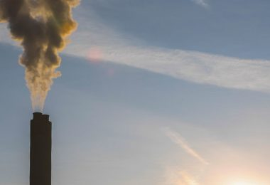 Ponerle precio a la huella de carbono