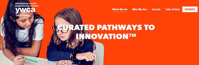 Tres programas de RSE en la era digital, de HP - YWCA Silicon Valley, Hewlett Packard Enterprise y la Universidad de Santa Clara crearon conjuntamente Curated Pathways to Innovation (CPI), una aplicación que ayuda a ubicar a las mujeres y minorías poco representadas en el camino hacia las carreras STEM.