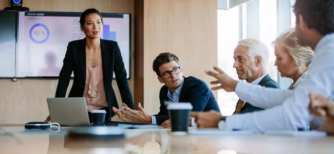 Más beneficios de las mujeres en los consejos directivos – hallazgos del estudio