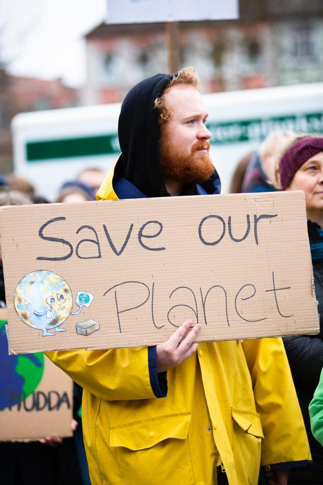 Save our Planet. Encuestas revelan que los consumidores prefieren marcas en pro del medio ambiente.
