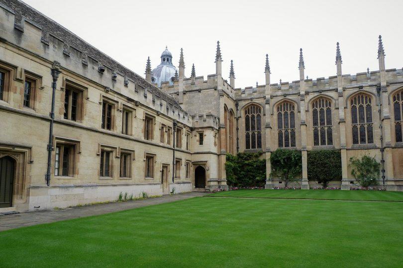 Oxford. Habemus esperanza en la humanidad: Greta Thunberg y Malala se conocen en Oxford.