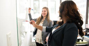 ambicion de mujeres en American Express
