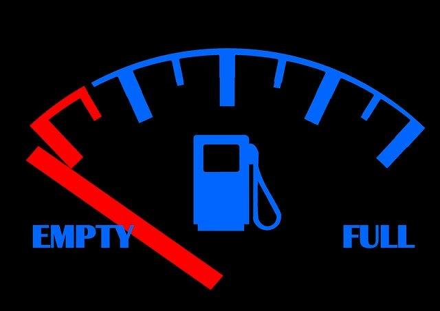 Anuncio. Los autos con mayor eficiencia de combustible en México
