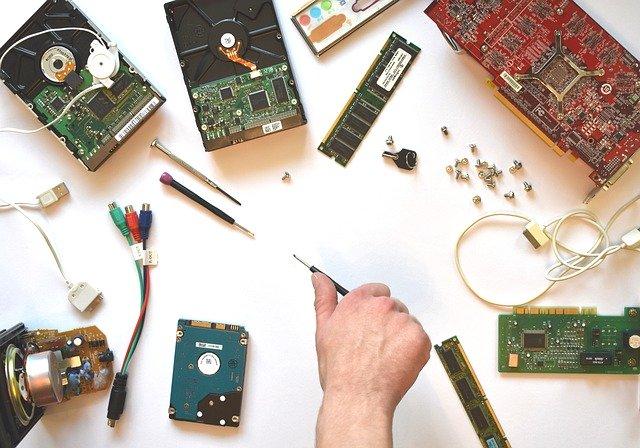 Hardware. Cómo ayudar a las OSC ante la contingencia