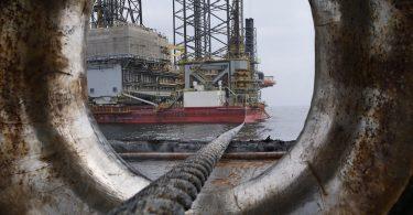Petróleo. Aferrarse a un PEMEX fósil en vez de renovable condena a México